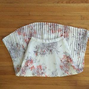 Aritzia Babaton XS skirt
